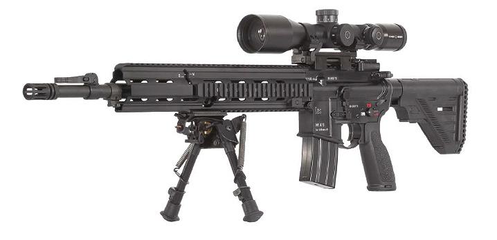 Rifle de asalto Heckler & Koch HK416 con complementos
