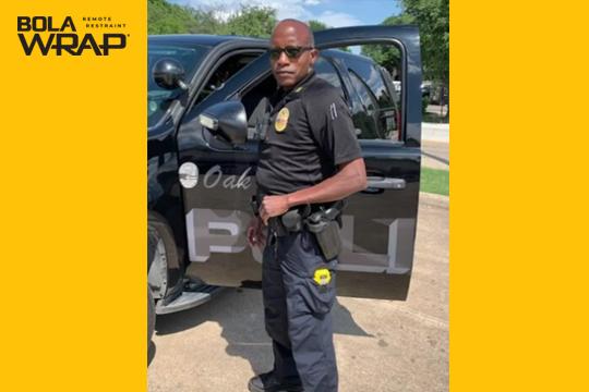 Bola Wrap restringe un sospechoso en Texas
